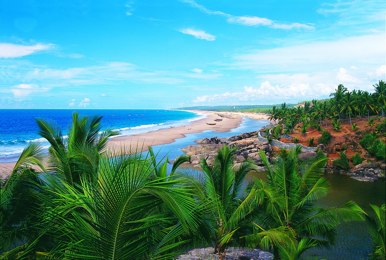 kerala-tourist-places-kerala-tourism-kerala-backwaters.jpg